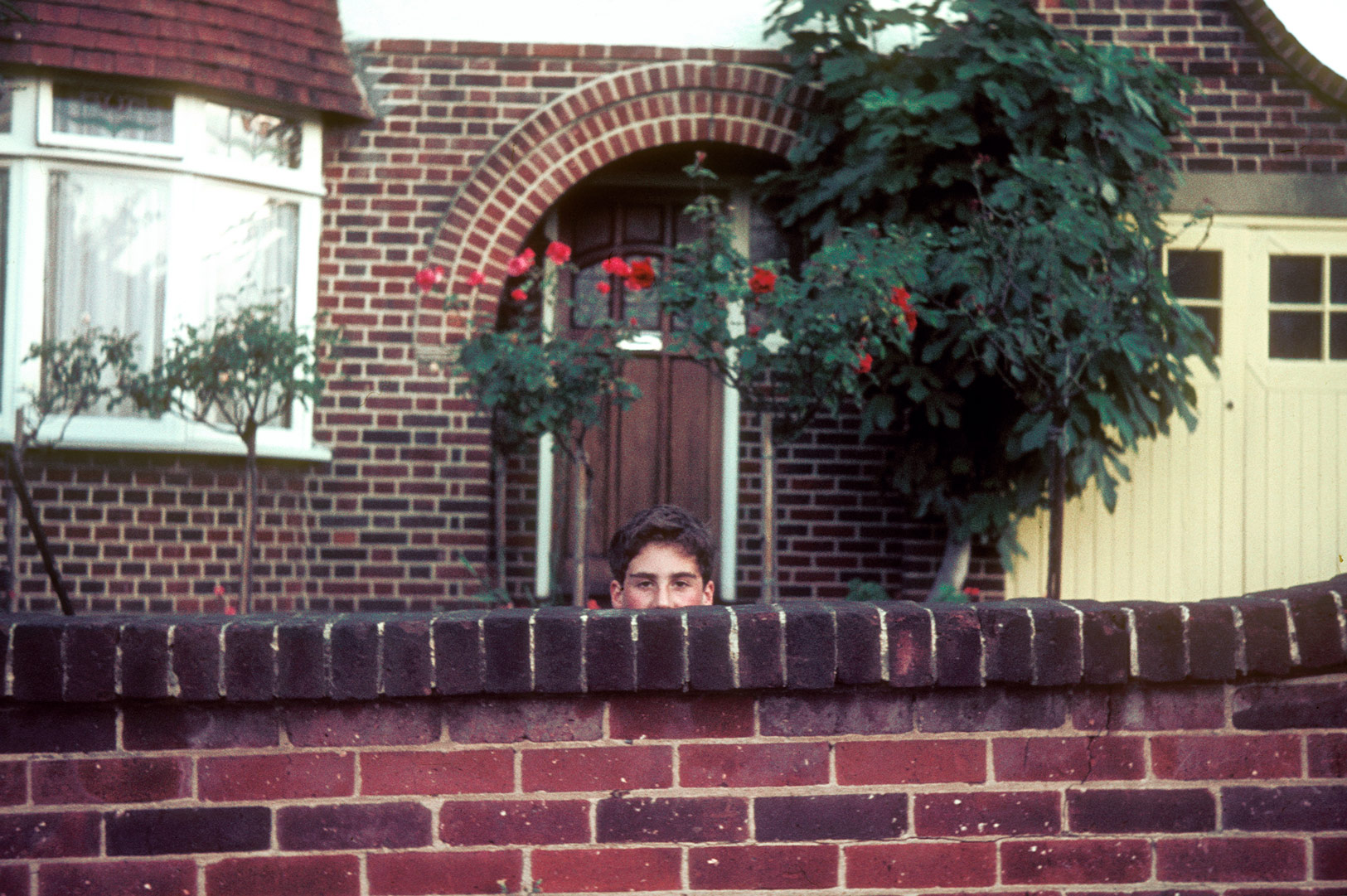 Dad Peeping, Unknown, 2013 © Dana Stirling