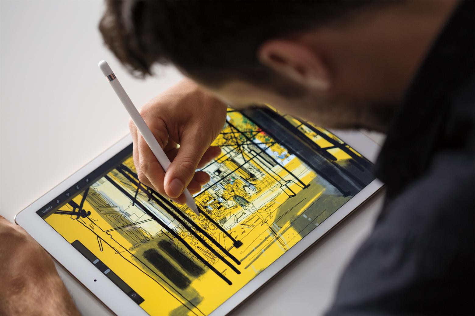 product shot of iPad Pro, Apple Pencil, iPad Pro, image editing tablet